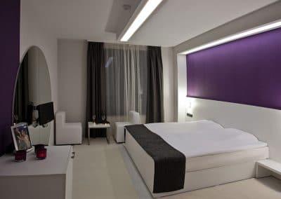 Стая 102