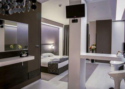 Стая 105